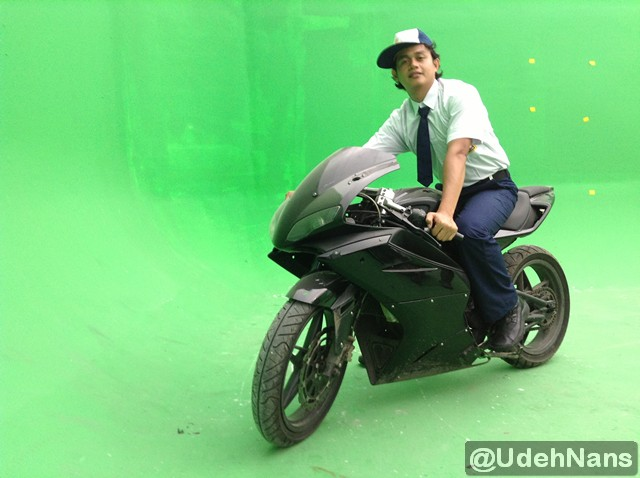 Stuntman Indonesia adegan motor di The Raid 2 Berandal 1