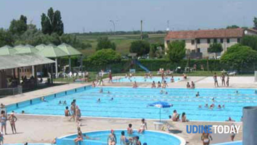Atti osceni in piscina a Cividale con una minorenne