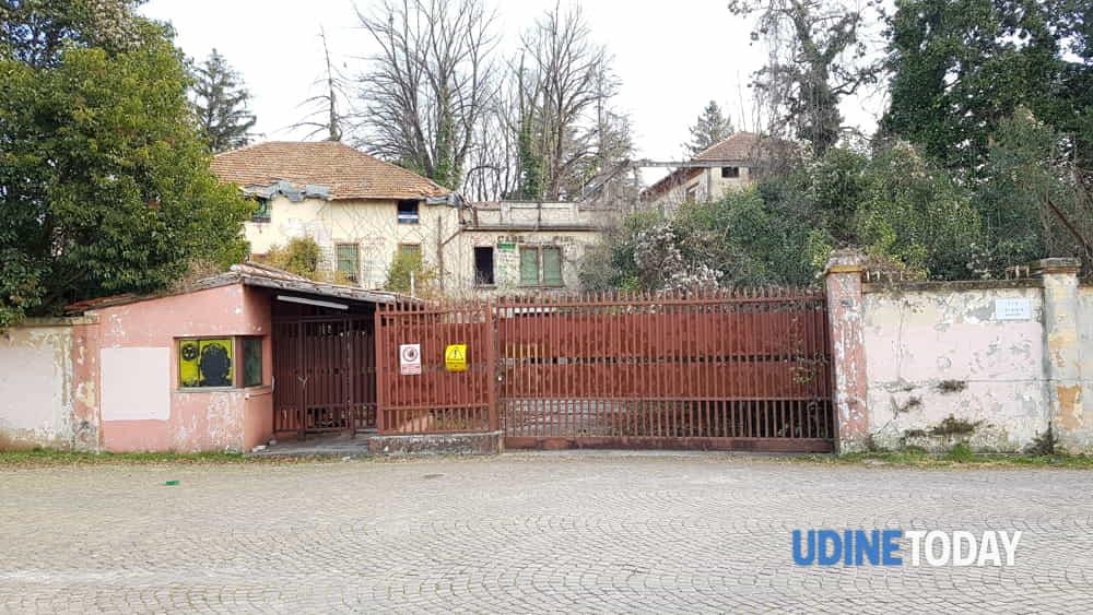 Le immagini dellex Caserma Piave di via Lumignacco