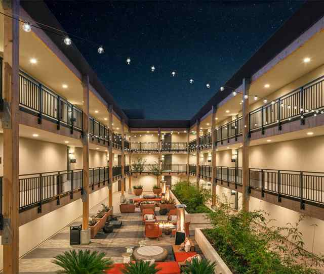 Verve Mountain View Apartments Courtyard At Night