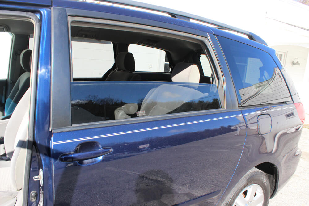 2006 Toyota Sienna Back Window Buy Here Pay Here York PA