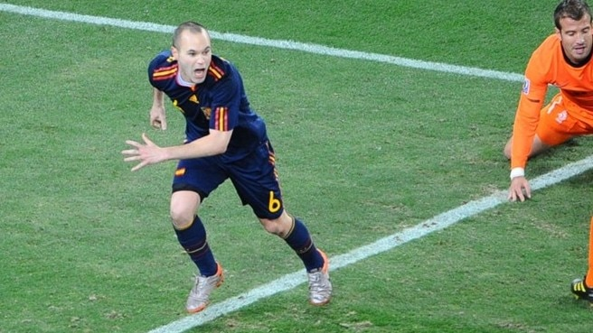 Iniesta winner crowns Spain world champions