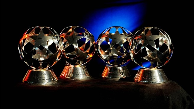 Piala UEFA Awards.