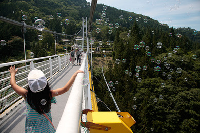 From the official site. Bubbles blowing on Ueno Skybridge