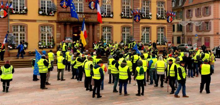 Les Gilets Jaunes : un visage politique de la France laborieuse en quête de dignité sociale