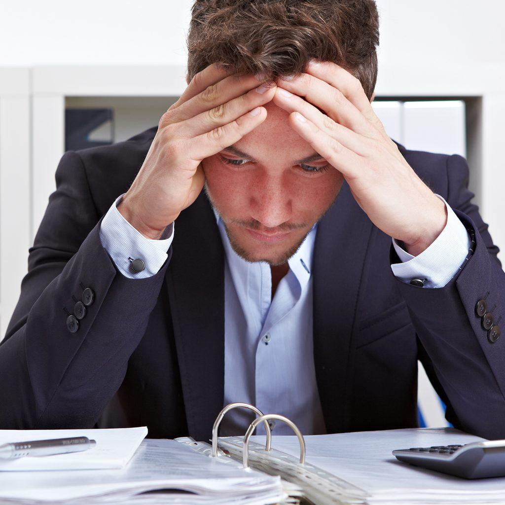 imprenditore preoccupato