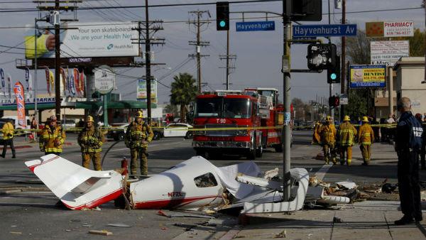 NASA ingegnere ed esperto pilota Alberto Behar schiantato con la SUA Piccolo aereo per le strade di Una giornata a Los Angeles limpida, l'aereo Appena perso quota.