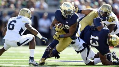 Sep 19, 2015; South Bend, IN, USA; Notre Dame Fighting Irish running back C.J. Prosise (20) carries the ball against the Georgia Tech Yellow Jackets at Notre Dame Stadium. Mandatory Credit: RVR Photos-USA TODAY Sports