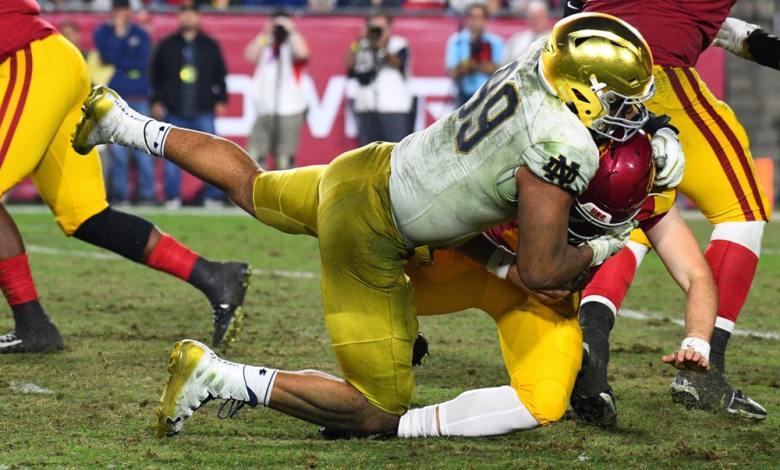 Jerry Tillery sacks USC quarterback JT Daniels