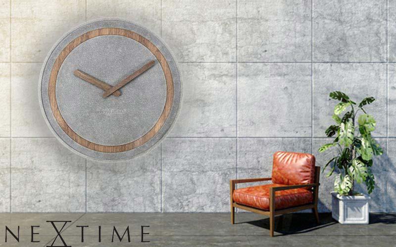 Eine Wanduhr aus Stein und Holz- die Nextime 3211