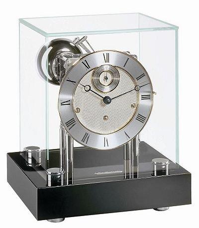 Hochwertige mechanische Tischuhr mit Schlüsselaufzug Hermle -Chigwell- 22801-740352