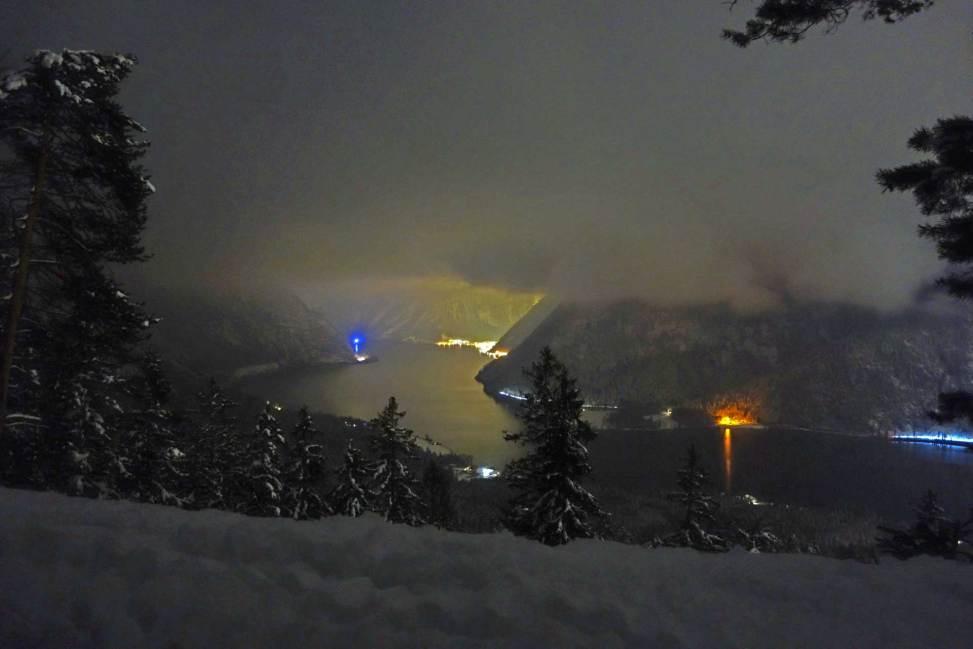 Winter Night's View from Simonyiblick to Hallstatt