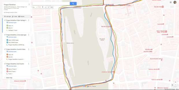 GPS tracks from the middle of the Prague Marathon, with the one time that the Coros Apex meandered more strongly. Note the typical difference between the tracks on the bridges - open view to sky! - versus even just along the river!