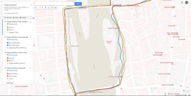 """Ausschnitt der GPS-Tracks ziemlich aus der Mitte des Prag Marathon - mit jenem Stück, wo die Coros Apex einmal """"Wellen geschlagen"""" hat. Schön zu sehen ist der Unterschied zwischen dem GPS-Empfang auf den Brücken - mit freiem Blick zum Himmel! - im Vergleich zu sonst"""