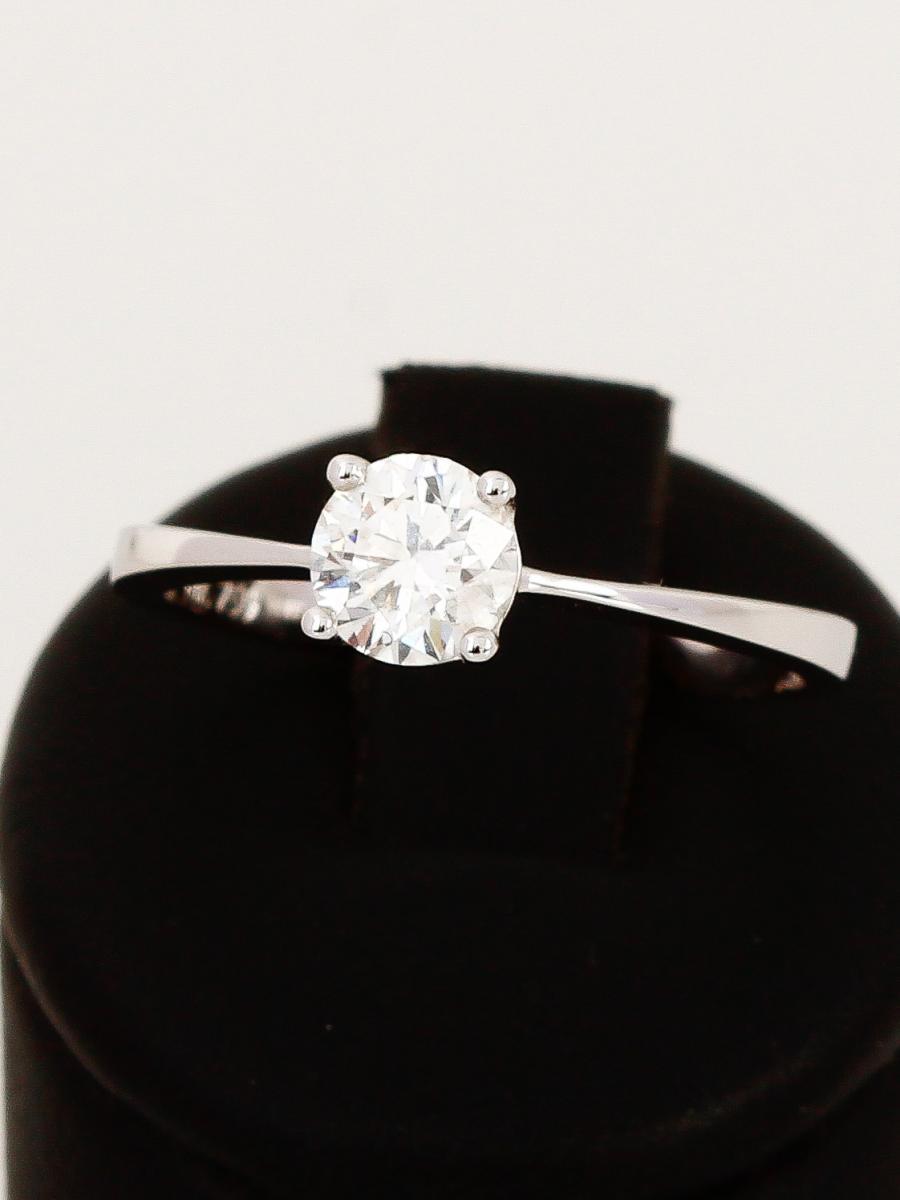 Solitrring aus Weigold mit Diamant173S025