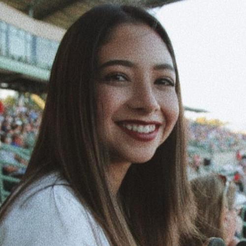 Helena León
