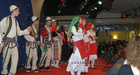 """The Albanian"" organizon: Albanian Flag Day in the UK"