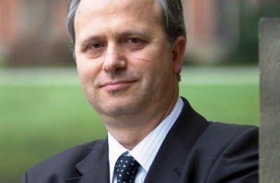 <!--:sq-->VOA: Familja mbretërore dhe ndikimi i saj në Britani<!--:-->
