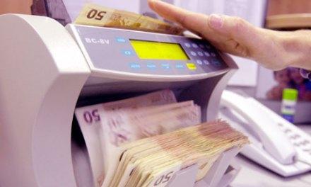 <!--:en-->Kosova: Diaspora Sends Home 500 Million Euros Annually<!--:--><!--:sq-->Diaspora i sjell Kosovës 500 milion Euro në vit<!--:-->