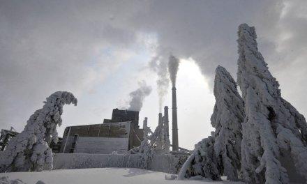 <!--:en-->Snow and unusual cold turns Balkans into unworldly beauty<!--:-->