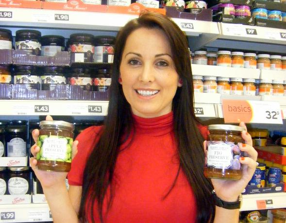 Albanian-born Sajmira's jams win listings in Booths and AsdaReçelet e shqiptares në raftet e dyqaneve më të mëdha britanike