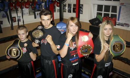 <!--:en-->Young Albanian kickboxer to fight in Stanley, England, for IKF European Junior Title, 11th October 2014<!--:-->