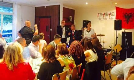 Shqiptarët e Britanisë mblodhën 7,600 Euro për Shoqatën Humanitare Kaçanikase