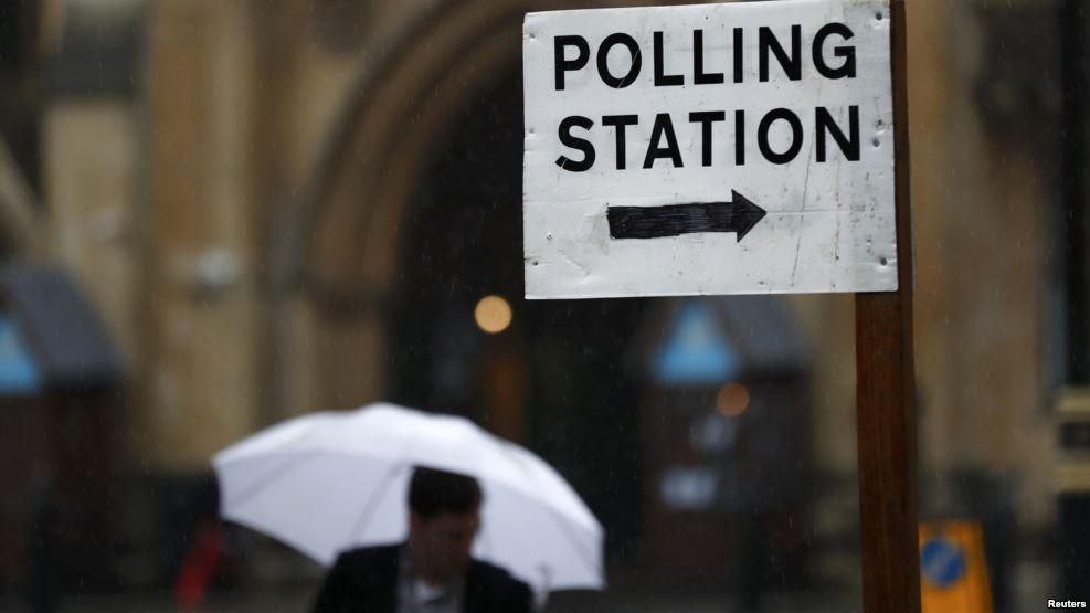 Sot votuesit britanikë vendosin: Brexit ose jo?