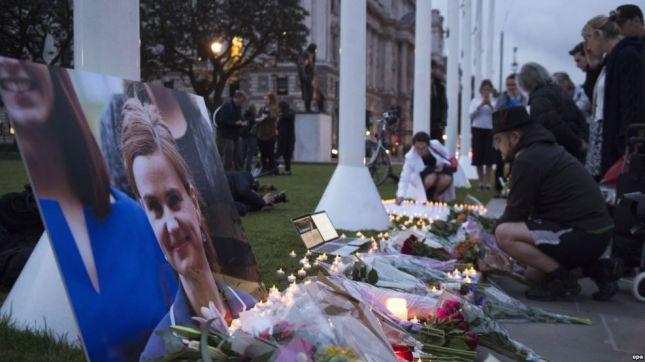 Nderime për deputeten e vrarë britanike