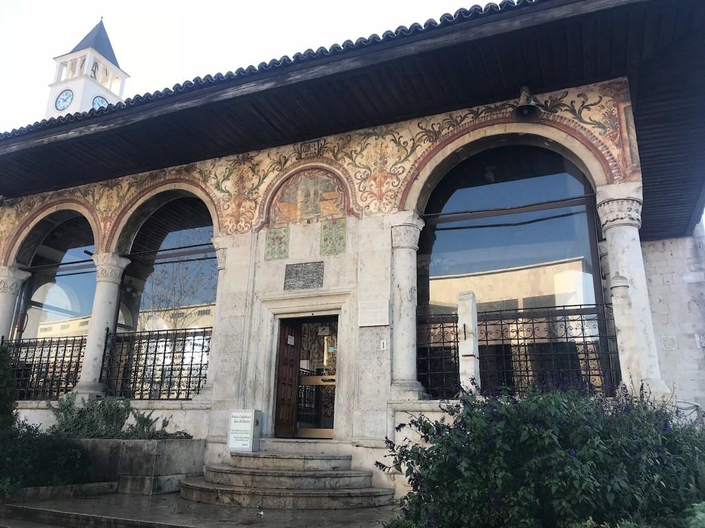 A Tirana motif