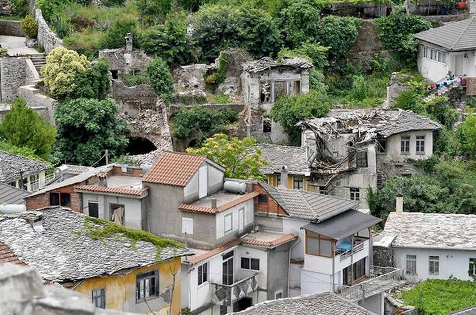 Albania's 'slope city' is at risk of disappearing
