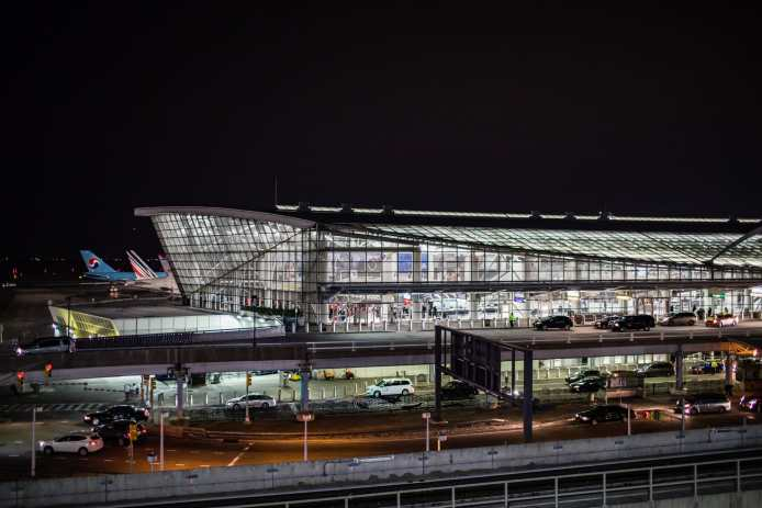 A flight from Istanbul to Kennedy Airport hit severe turbulence on Saturday, injuring at least 30 people, officials said.CreditCreditStephen Speranza for The New York Times