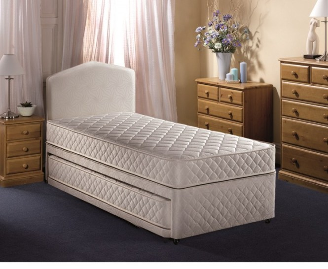 Airsprung Quattro 2ft6 Small Single Divan Guest Bed