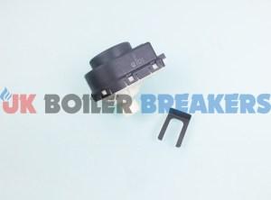 baxi 7216534 diverter motor and clip