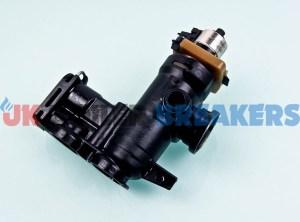 alpha 1.028584 housing outlet manifold with diverter motor & cartridge 1