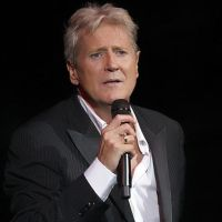 Joe Longthorne- No Regrets Tour