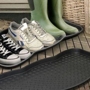 £6.99 instead of £19.99 for a multi purpose plastic shoe tray from ViVo Technologies - save 65%