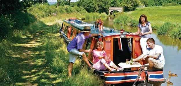 Hoseasons boating holidays