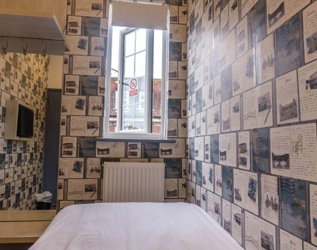 London Backpackers Private Single Room