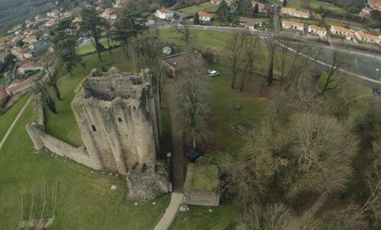 Drone Vendée – Donjon de Pouzauges