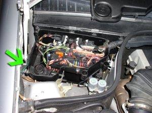 Mercedes C Class W202 Diagnostic Port Location