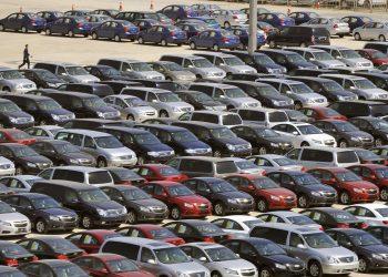 بوابة اوكرانيا سوق السيارات الاوكراني يتراجع