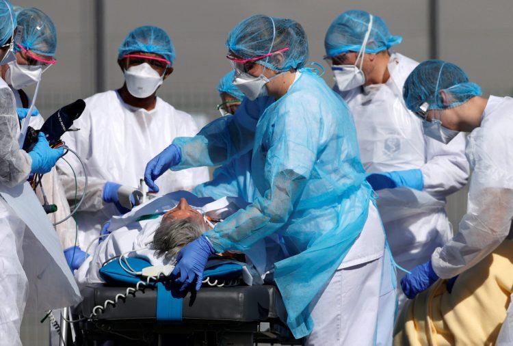 الوباء يضرب بشدة في كييف و نقل المئات الى المستشفى في يوم واحد.