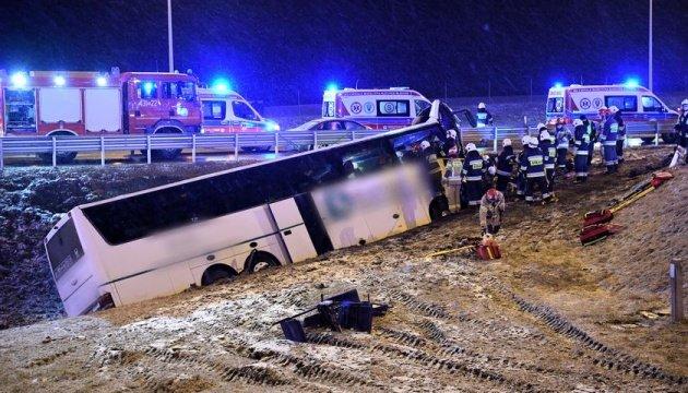 في بولندا تحطم حافلة أوكرانية، وانباء عن قتلى وجرحى