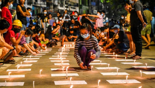نشطاء حقوق الانسان ... 459 شخصا قتلوا في ميانمار