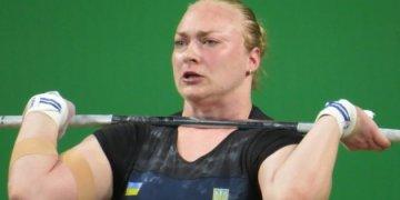 أناستاسيا ليسينكو تفوز بالميدالية الفضية في بطولة رفع الأثقال الأوروبية
