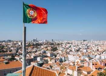 البرتغال تبذل قصارى جهدها في تجنب الحجر الصحي للزوار في الصيف