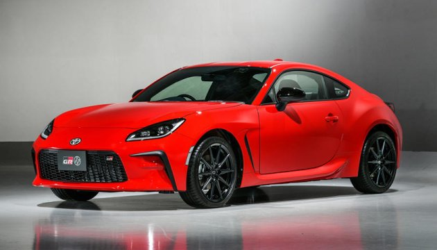 سيارة تويوتا الرياضية الجديدة في الأسواق