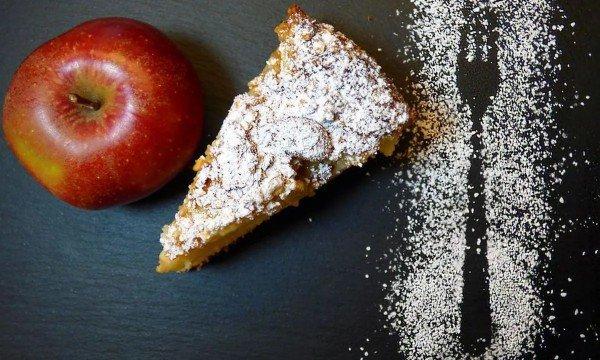 طريقة تحضير فطيرة التفاح والجزر