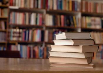 كرسيدا كويل تقود دعوة لجمع 100 مليون جنيه إسترليني لصندوق مكتبة المدرسة الابتدائية